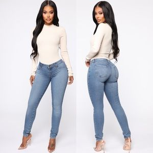Flex Game Strong Low Rise Skinny Jeans